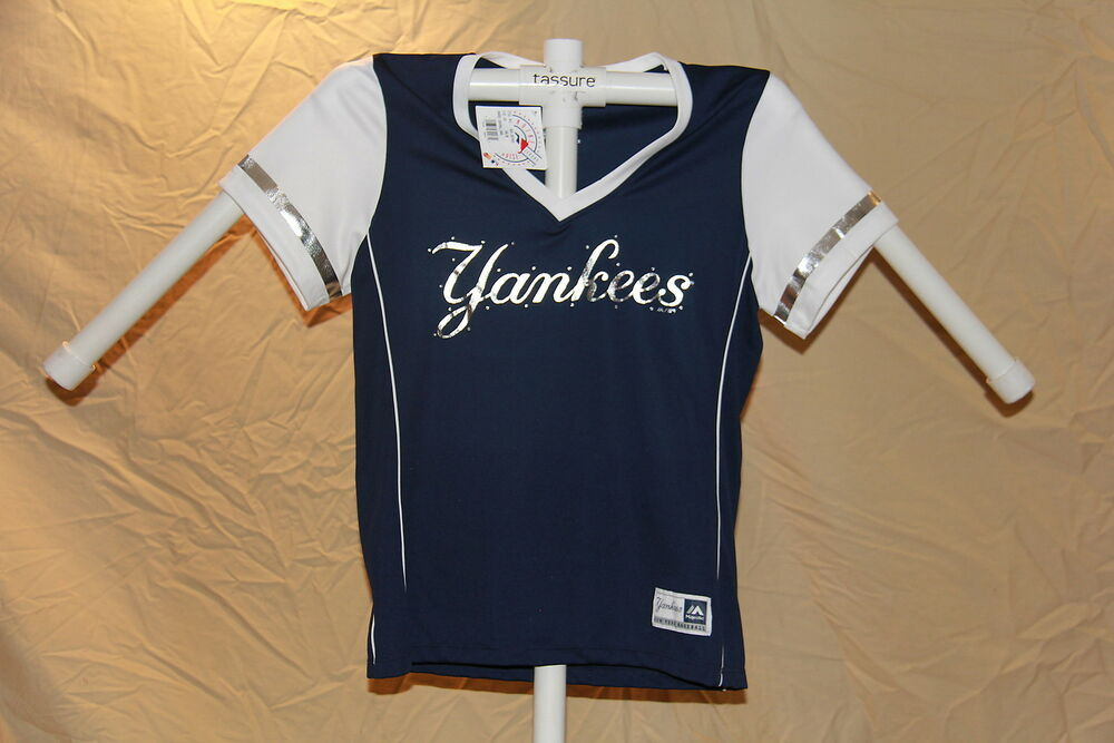 677a211363ad5 Details about New York NY Yankees MLB Fan Fashion JERSEY Shirt MAJESTIC  Womens Large NWT  40