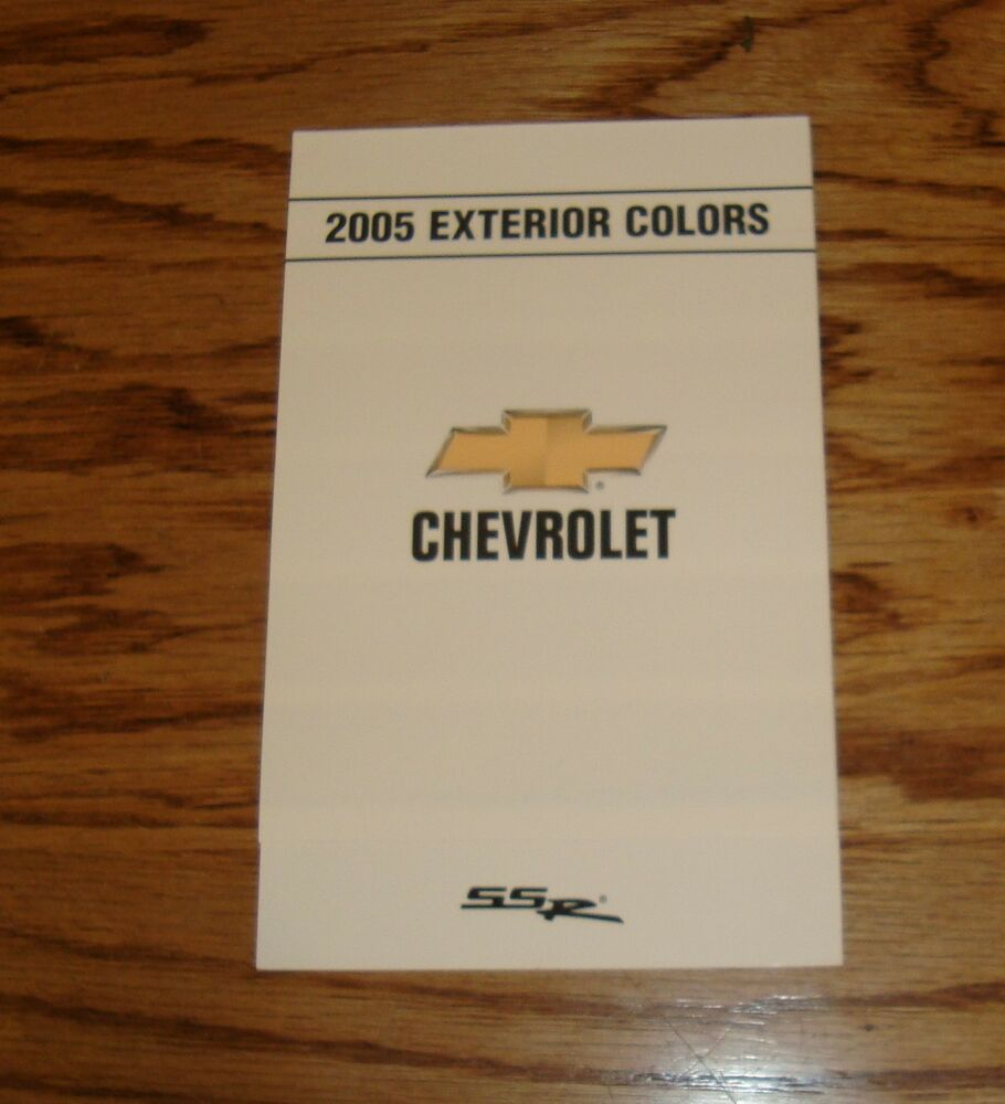 Original 2005 Chevrolet SSR Exterior Colors Foldout Sales
