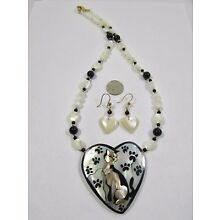Lee Sands Shell Inlaid Cat in a Heart Necklace & Earring Set Made in Hawaii