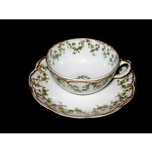 RARE HAVILAND LIMOGES CHRISTMAS  IVY HOLLY BERRY CUP & SAUCER DOUBLE GOLD