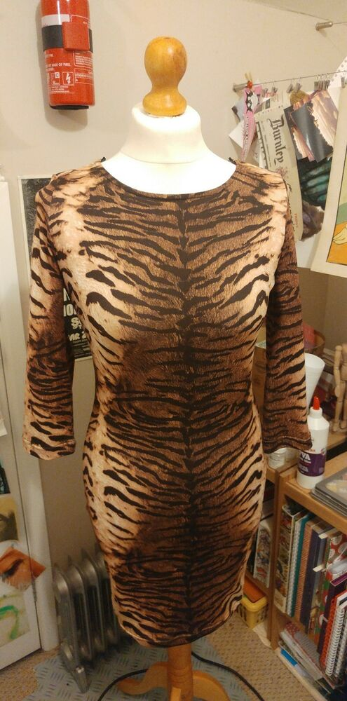 0bfbea70a1 Jumpo Tiger Animal Print Bodycon Midi Dress from New look UK 8 10 New  Leopard