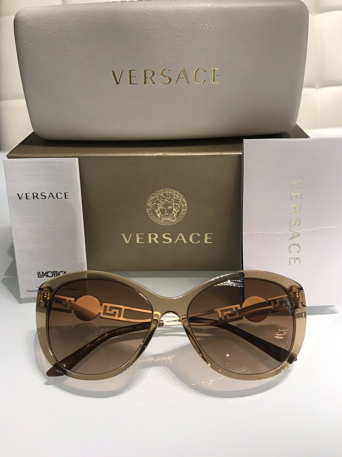 3b6d1e827c UPC 725125716000 product image for Versace Sunglasses Women Pre Owned