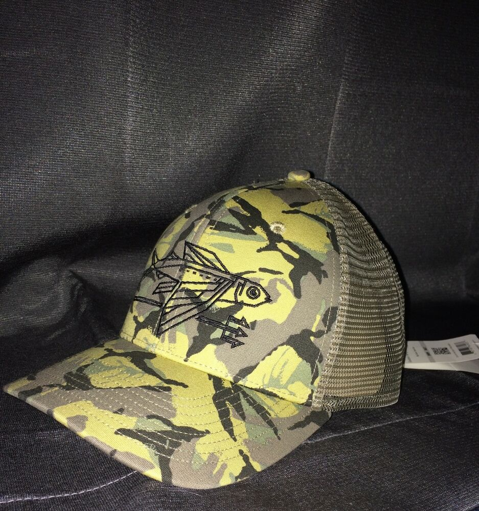 03a606ca VERY RARE NEW W/TAGS Patagonia Geodesic Flying Fish mesh hat in Camo NEW  MINT! | eBay
