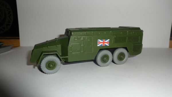 dinky 677 armoured control vehical repainted