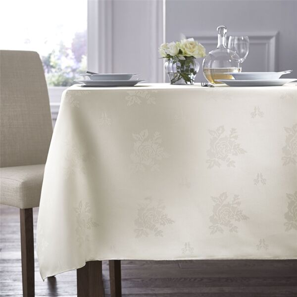 Royaume-UniTissé Damas Rose Crème Rectangle Nappe 178cm X 229cm (178CM X 229CM)