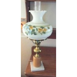 Kyпить Hurricane Lamp Vintage Electric White Milk Glass Floral Tabletop marble base  на еВаy.соm