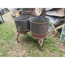 Kyпить Vintage ROUND  COPPER DOUBLE WASH TUBS on Iron Stand  Metal Planter Cooler NICE! на еВаy.соm