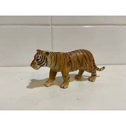 Kyпить schleich young tiger retired на еВаy.соm