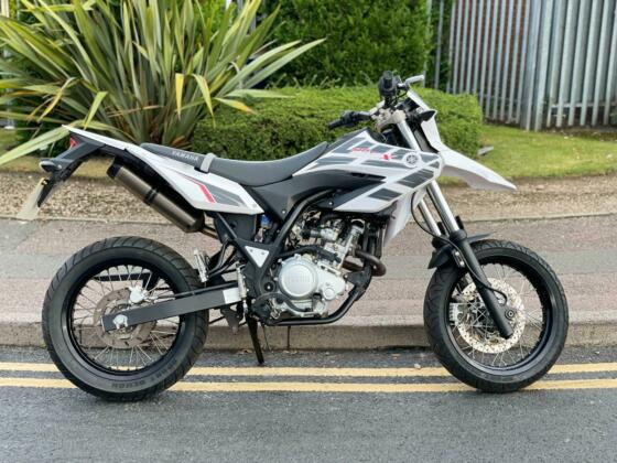 2016 YAMAHA WR 125 X LEARNER LEGAL  DELIVERY AVAILABLE 1 OWNER WITH 2200 MILES