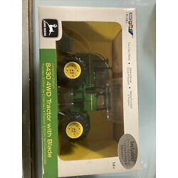 1/32 ertl Britains collectors edition john deere 8430 4wd with blade & DVD