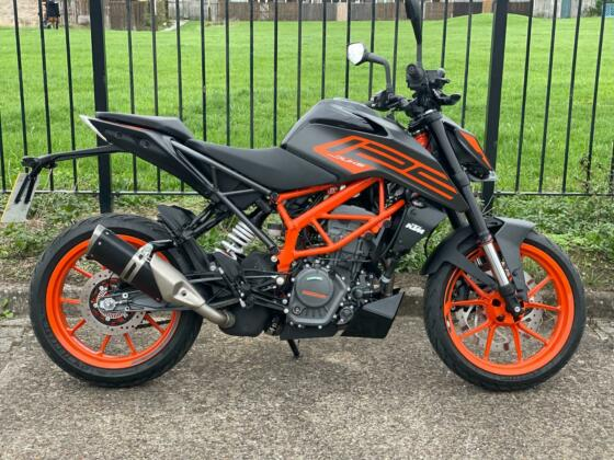 2021 KTM DUKE 125 LEANER LEGAL DELIVERY AVAILABLE P/X WELCOME 850  MILES