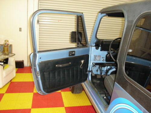 Doors Design: 1981-1986 Jeep CJ7 & CJ8 Black Interior Door Panels
