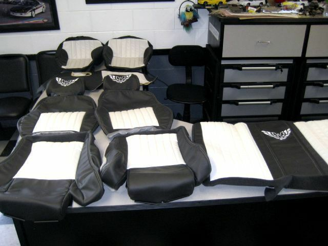 Doors Design: 93 95 Pontiac Trans Am Seat Covers & Matching Door Panel