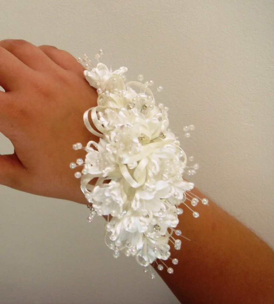 Wrist Corsages Wedding: BRIDES WRIST CORSAGE, WEDDING FLOWERS