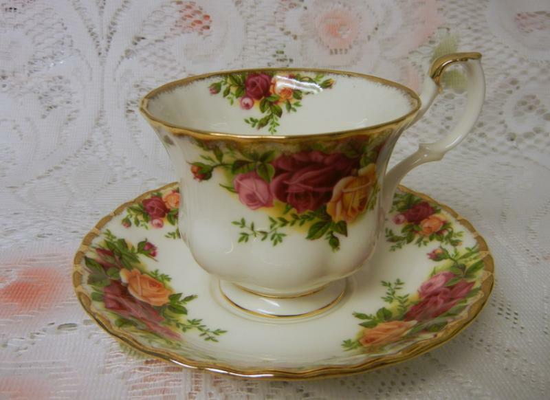 Royal Albert Old Country Roses Tea Cup And Saucer Ebay