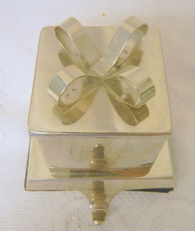 Heavy Polished Silver Metal Christmas Present Mantel Hook ...