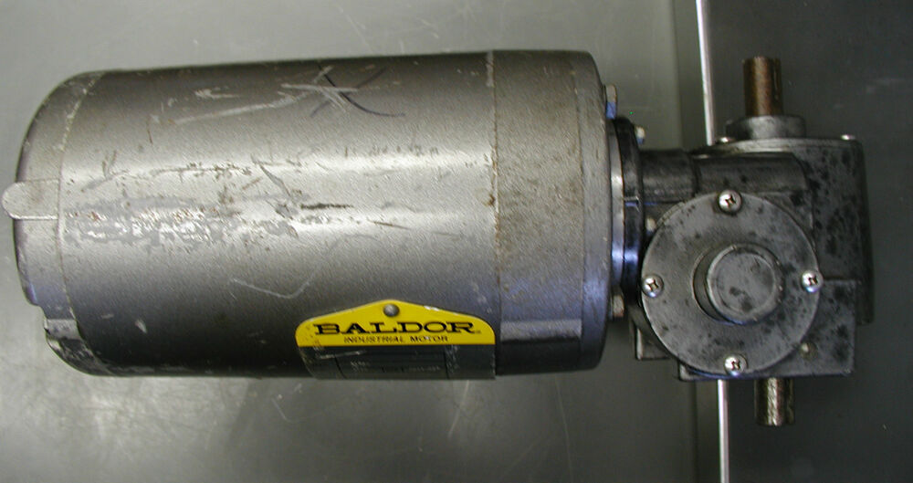 Baldor 1 12 hp motor with right angle 1200 1 gear reducer for Right angle electric motor
