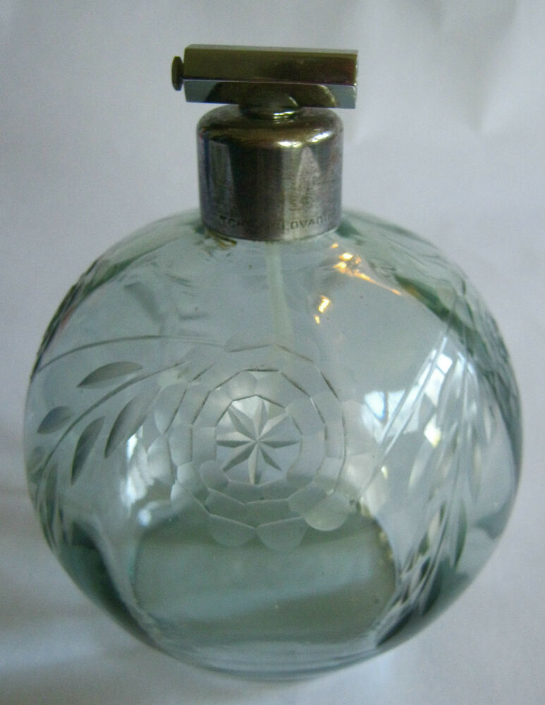 Vintage glass perfume bottle tchecoslovaquie etched for Flowers in glass bottles