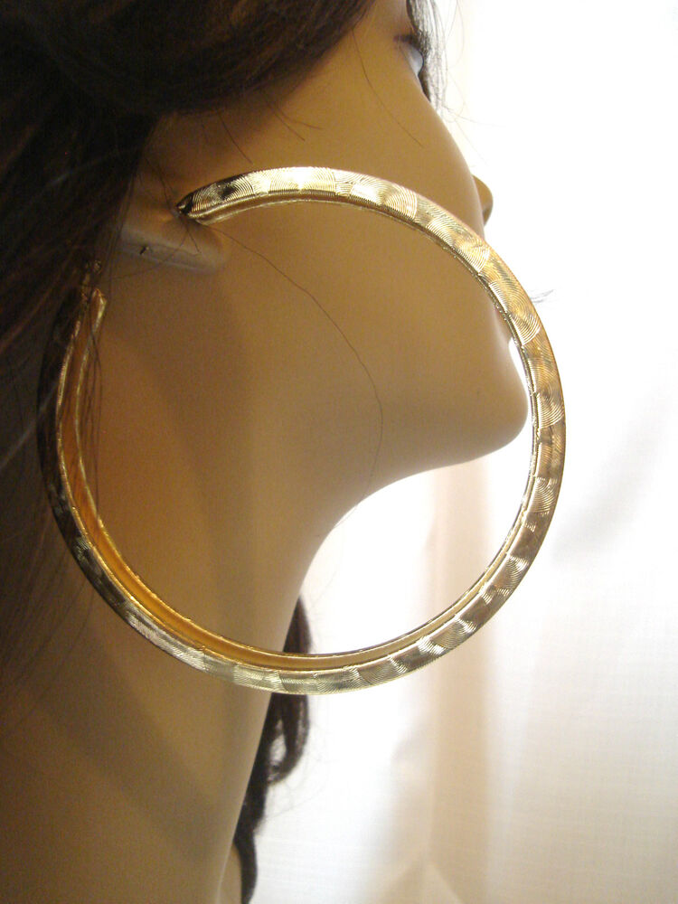 Citaten Hoop Hoopz : Large inch hoop earrings shiny foil design gold tone