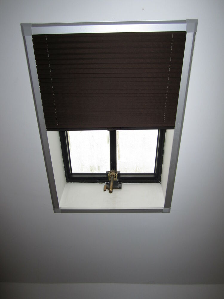 Skylight pleated roof blinds to fit velux windows sizes for Velux window shades