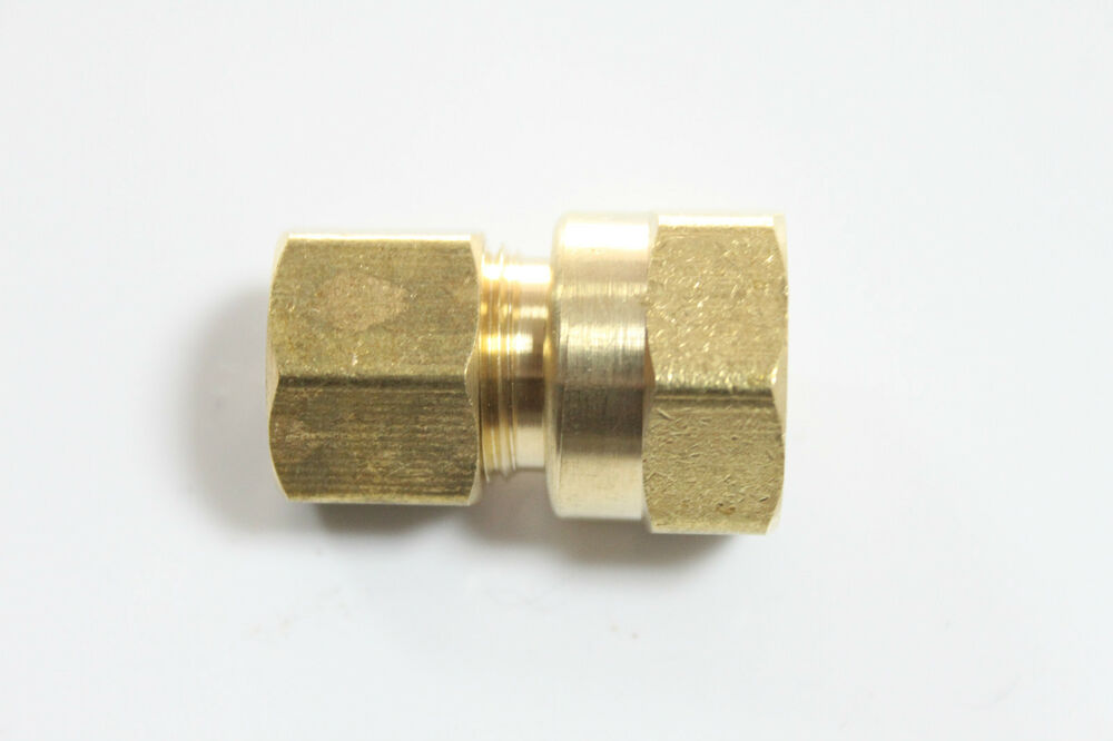 Lot of new brass quot od female npt compression