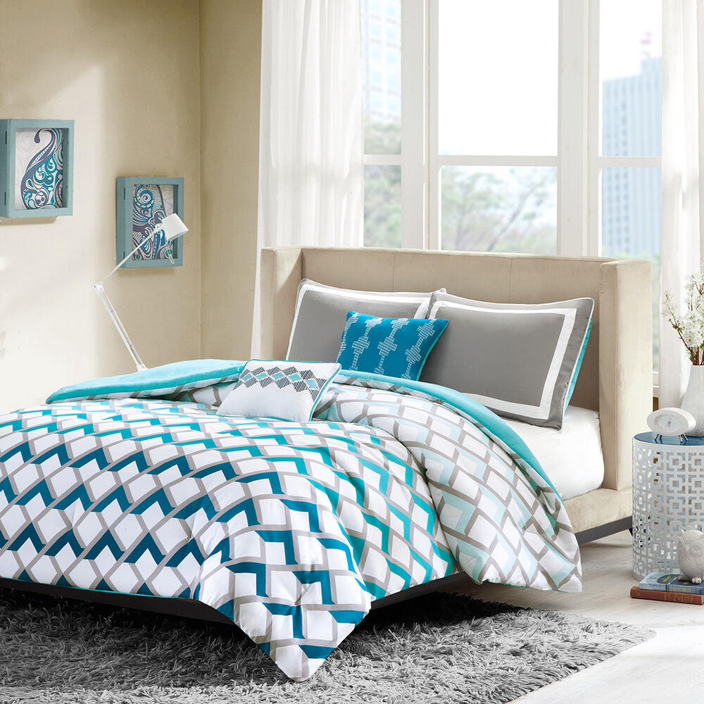 Bedding Decor: MODERN SPORTY BLUE TEAL AQUA GREY CHEVRON STRIPE COMFORTER