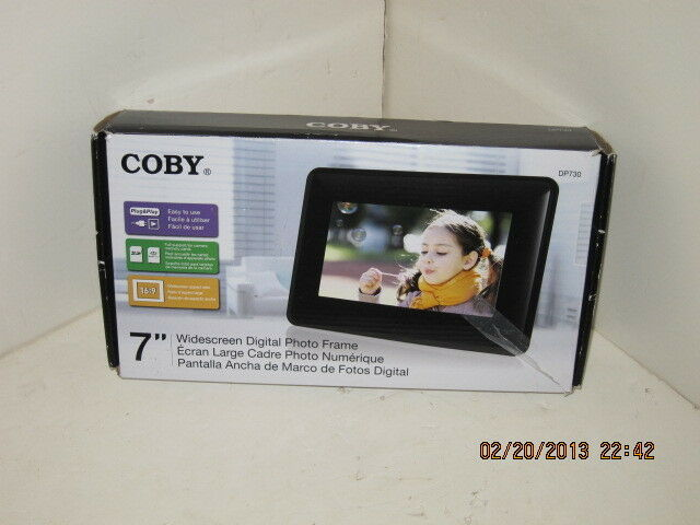 Coby Widescreen Digital Photo Frame with Photo Slideshow Mode ...