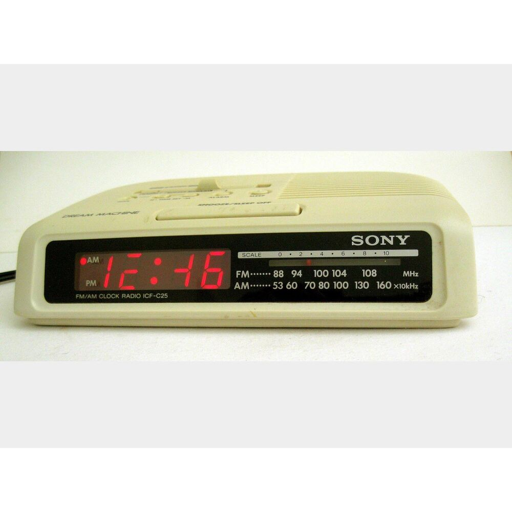 sony dream machine vintage digital alarm clock radio am fm white model icf c25 ebay. Black Bedroom Furniture Sets. Home Design Ideas