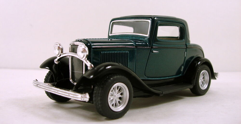 Kinsmart 1932 ford 3 window coupe 1 34 scale 5 diecast for 1932 5 window coupe kit cars