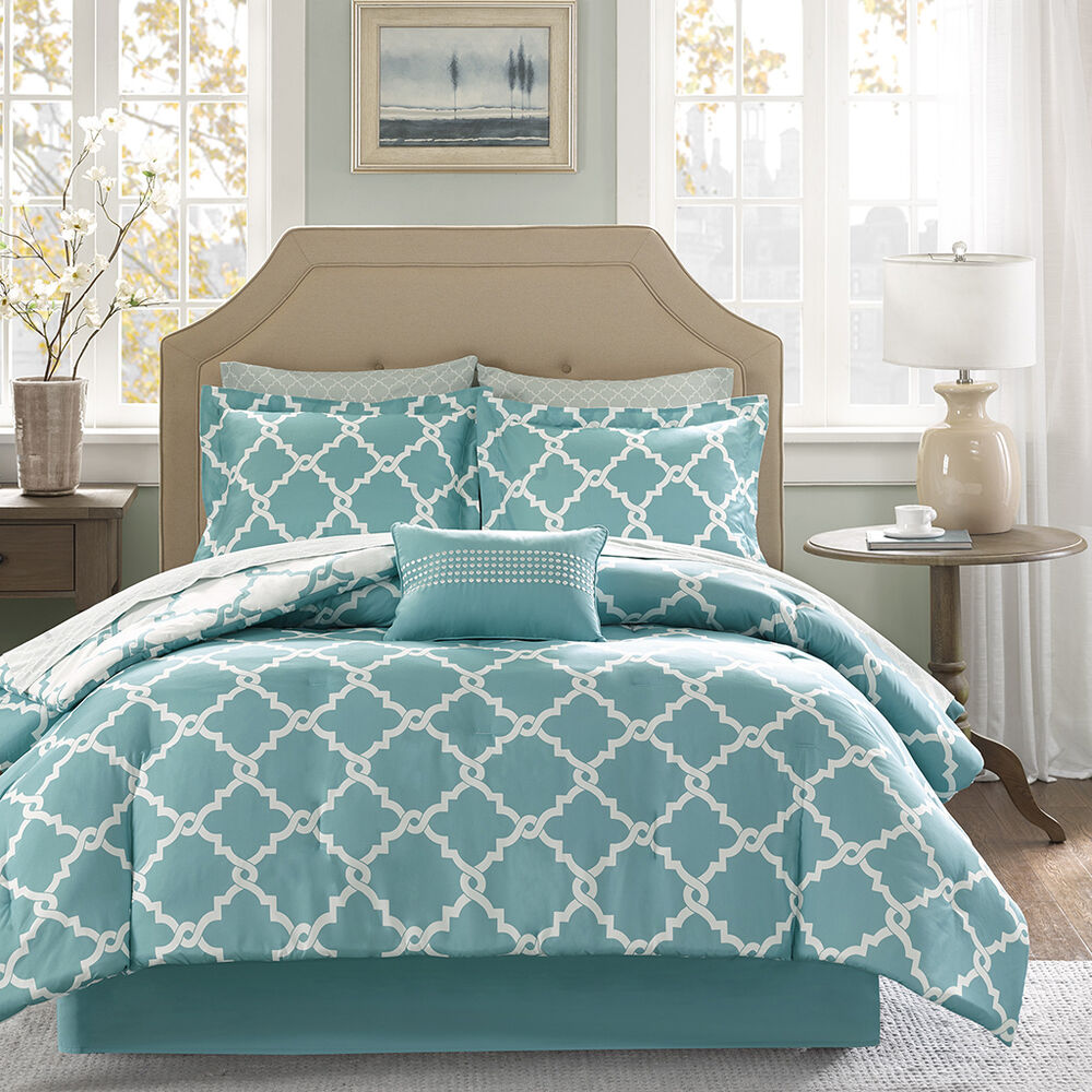 beautiful modern chic blue light aqua bed in a bag. Black Bedroom Furniture Sets. Home Design Ideas