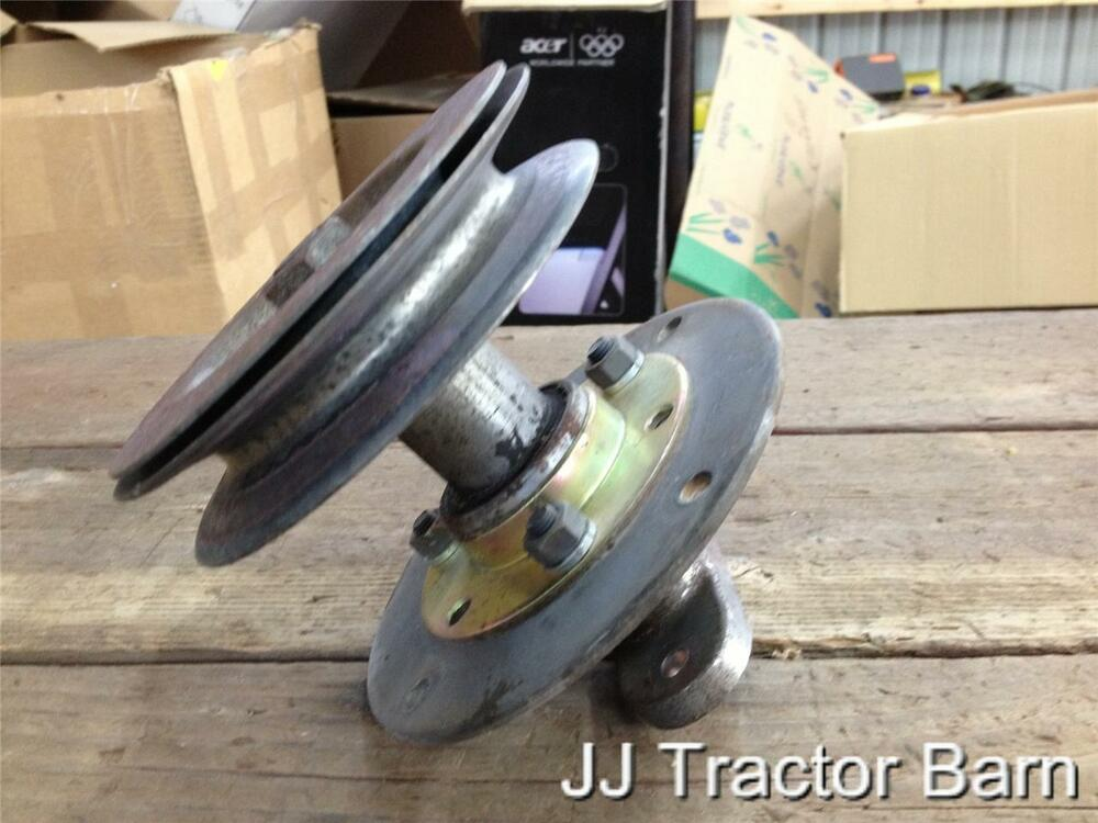 Mtd Rider Pulleys : Mtd riding lawn mower quot deck spindle pulley model