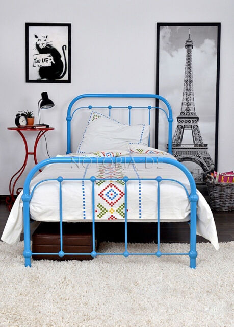 amita eisenbett metallbett blau design bett bettgestell 140x200 cm ebay. Black Bedroom Furniture Sets. Home Design Ideas