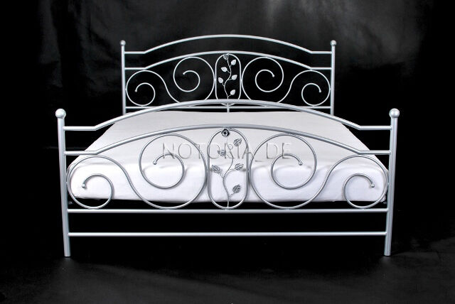 rosa eisenbett metallbett schlafzimmer design bett bettgestell 140x200 cm ebay. Black Bedroom Furniture Sets. Home Design Ideas