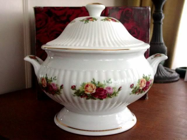 Royal Albert Old Country Roses Footed Soup Tureen New Ebay