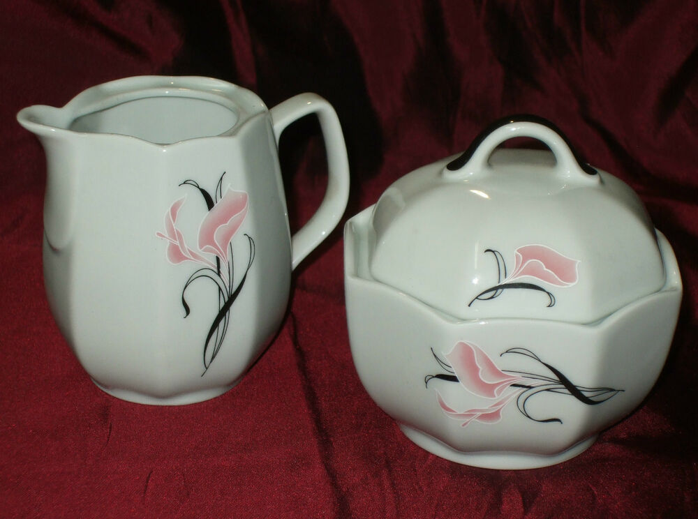 wunsiedel porzellan porcelain bavaria germany calla lilly creamer sugar bowl set ebay. Black Bedroom Furniture Sets. Home Design Ideas