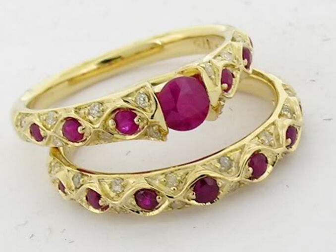 R084 Set 9ct Gold Natural Diamond Ruby Engagement Ring Wedding Set