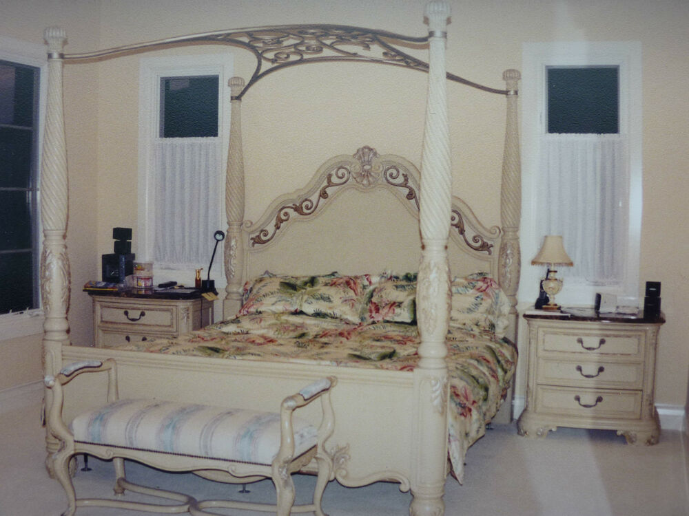 Thomasville Bellasera Bedroom Set King Size With Canopy Marble Top Night Stand Ebay