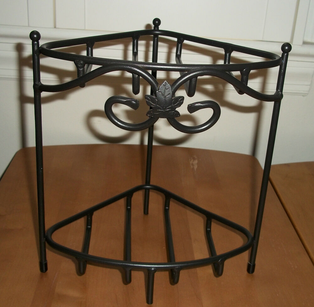 longaberger wrought iron small two tier corner shelf stand. Black Bedroom Furniture Sets. Home Design Ideas