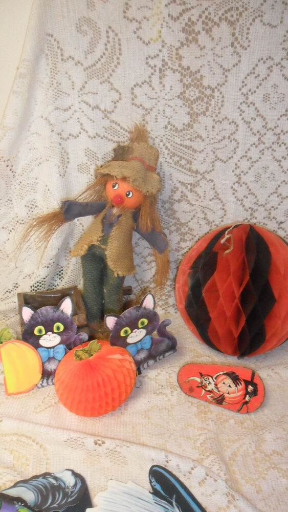 Decorating Ideas > FALL  THANKSGIVING SCARECROW PLANTER BOX Plus VINTAGE  ~ 080207_Thanksgiving Vintage Decorations