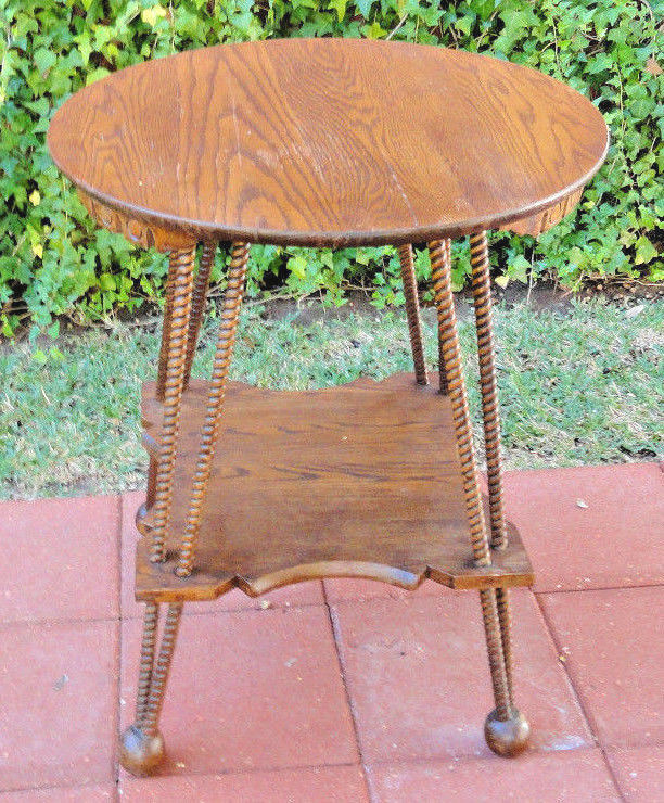 Antique oak parlor center table 23 1 2 top reeded legs for Center table legs