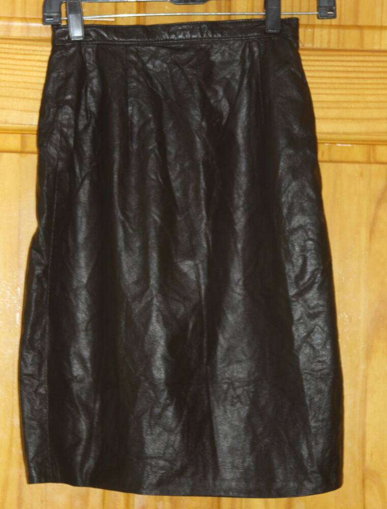 size junior 3 4 saks fifth avenue soft black leather