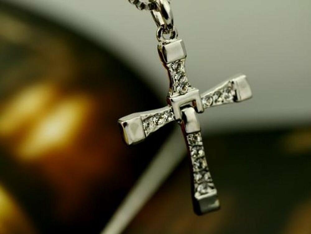 mens silver cross necklace chain pendant crucifix fast and