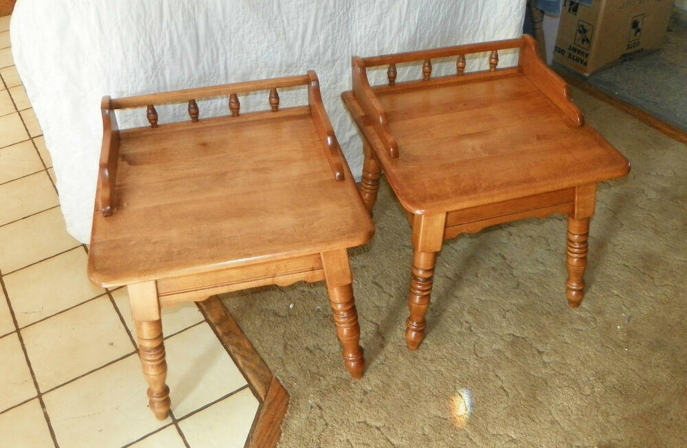 Pair Maple Heywood Wakefield End Tables Side Tables