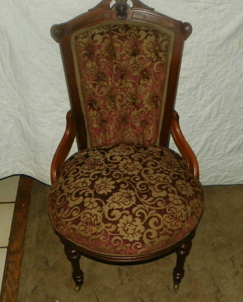 Solid Walnut Carved John Jelliff Parlor Chair Side Chair