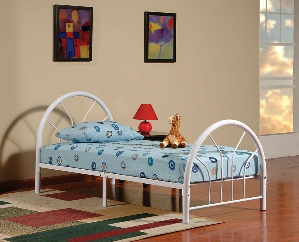 new metal twin size kid bed frame with headboard and footboard ebay. Black Bedroom Furniture Sets. Home Design Ideas