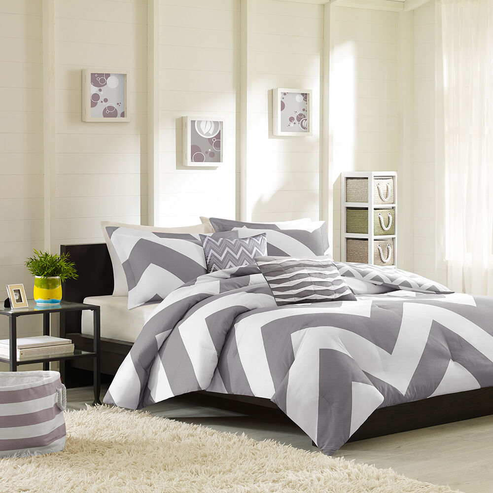 libra reversible chevron comforter set in black white modern reversible chevron stripe grey white sporty chic 908