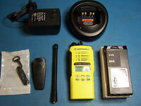 Motorola HT1250 VHF 136-174MHz  128 Channel Yellow Case Mint Tested