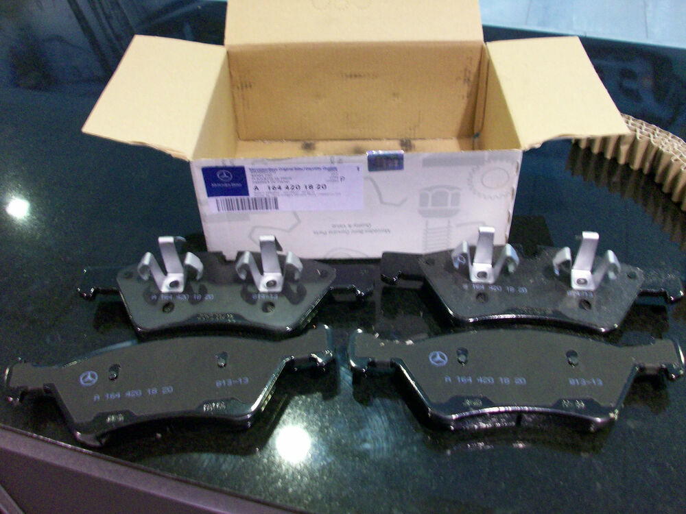 Oem genuine mercedes benz new front brake pads with sensor for Mercedes benz gl450 brake pads