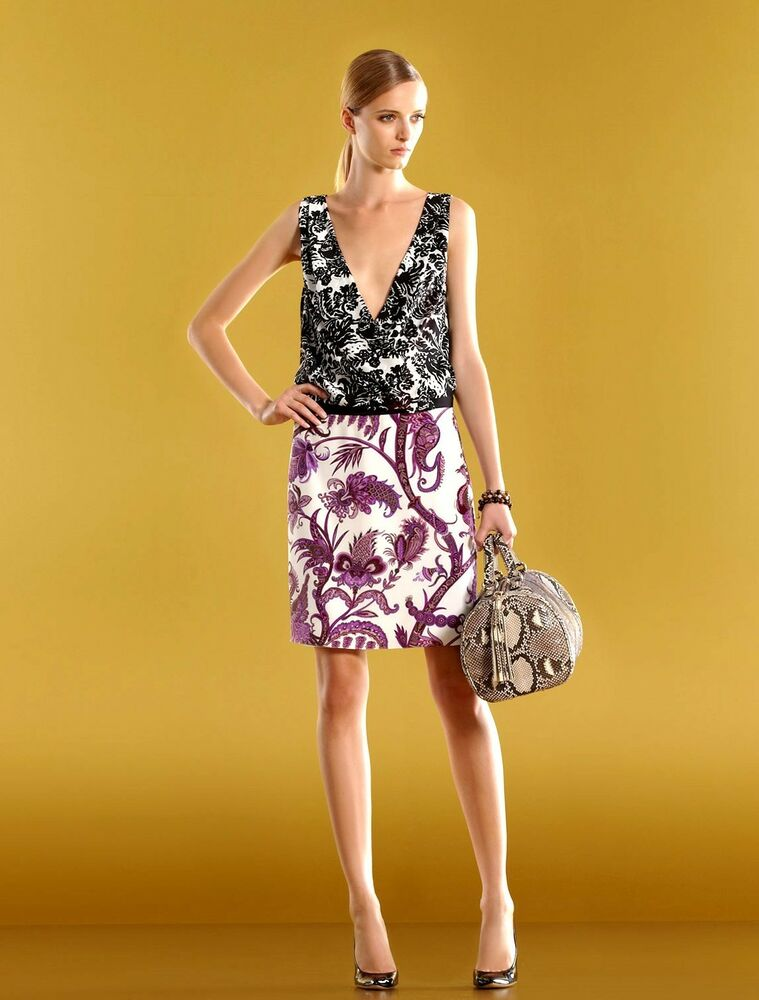 1800 New Authentic Gucci Runway Silk Floral V Neck Dress