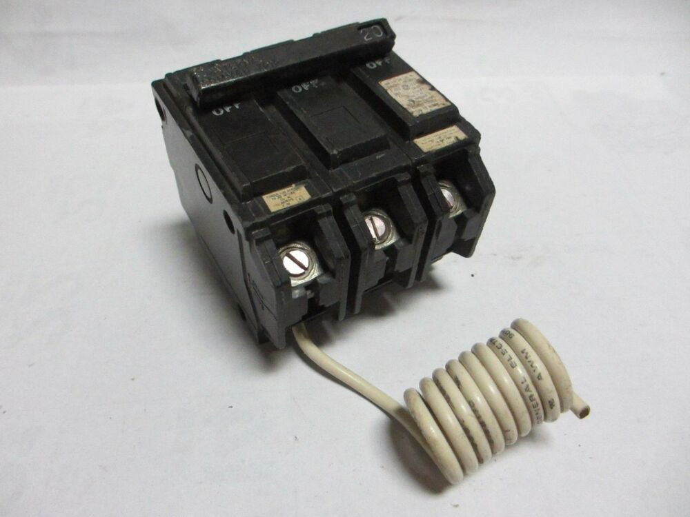 GE THQB31WY20 20 Amp 3 Pole GFI Bolt On Breaker eBay